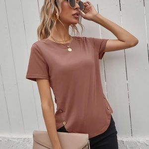Women's short sleeve button detailed top